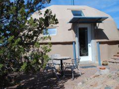 アメリカのニューメキシコ州にあるドームハウス