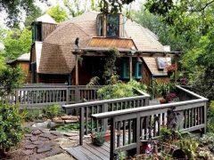 アメリカのカリフォルニア州サンタバーバラにあるドームハウス
