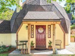 アメリカのカリフォルニア州カーメルバレーにあるドームハウス